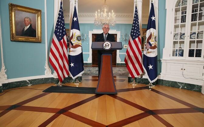 USA välisminister Rex Tillerson Iraani ja Põhja-Korea teemalisel pressikonverentsil.