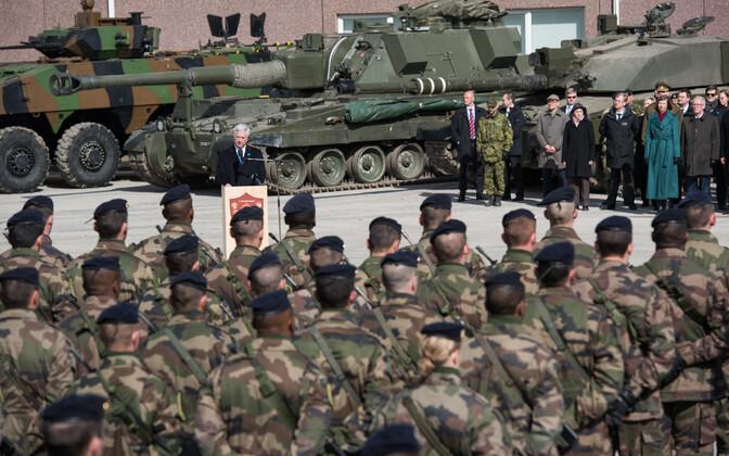 NATO lahingugrupi pidulik rivistus Tapal