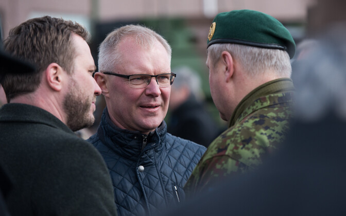 Chairman of the National Defence Committee of the Riigikogu Hannes Hanso (SDE) at the NATO battle group's military parade at Tapa Army Base. April 20, 2017.