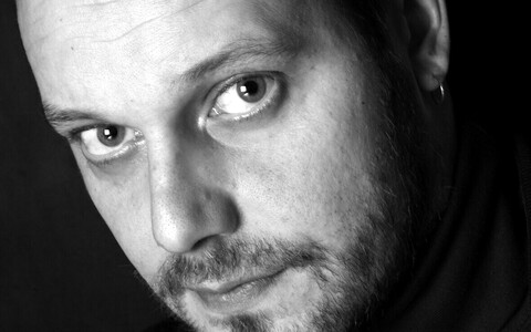 Kirjanik Aki Ollikainen