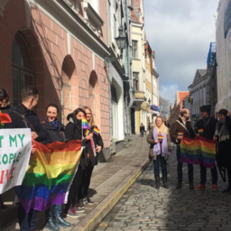 Protests against the treatment of gay men in the Russian republic of Chechnya at the Russian embassy in Tallinn, Apr. 22, 2017.