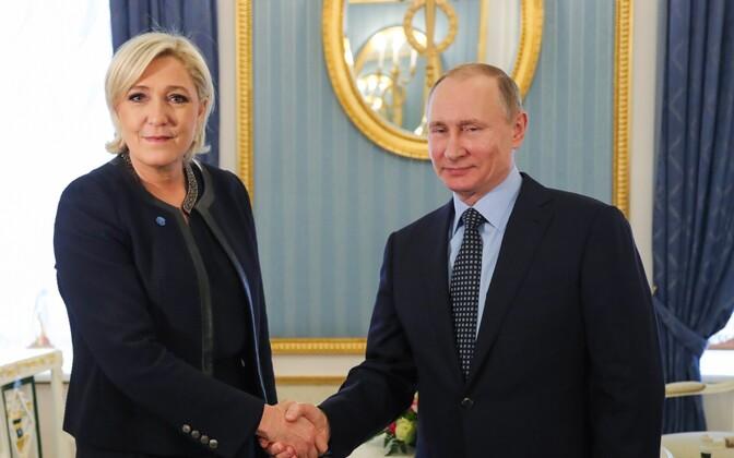 Marine Le Pen ja Vladimir Putin märtsi lõpus Moskvas.
