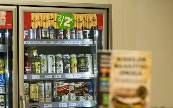 Жители Эстонии все чаще покупают алкоголь в Латвии.