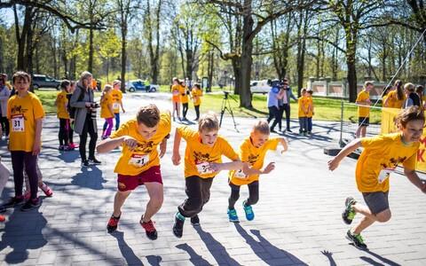 Lapsed eelmise aasta teatejooksul Tallinnas.