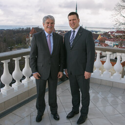 Spanish Minister of Foreign Affairs Alfonso Dastis and Prime Minister Jüri Ratas in Tallinn on Wednesday. April 26, 2017.