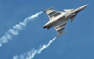 Hävituslennuk SAAB Gripen.