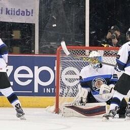 Сборная Эстонии начала ЧМ по хоккею с трех поражений.