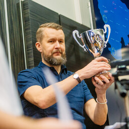 NATO CCD COE director Sven Sakkov with the Locked Shields trophy. April 28, 2017.