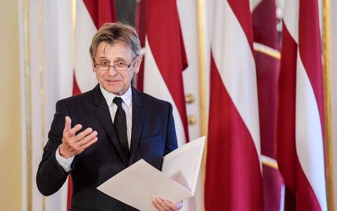 Mihhail Barõšnikov Läti kodanikuks saamise tseremoonial 27. aprillil.