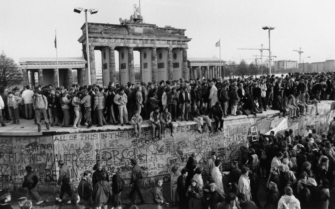 This weekend is the 30th anniversary of the fall of the Berlin Wall.