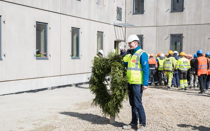 Праздник стропил в новой Таллиннской тюрьме.