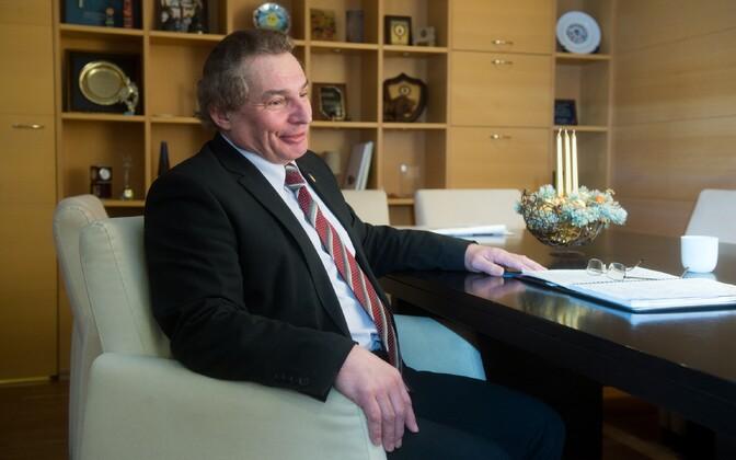 Former Kohtla-Järve mayor Jevgeni Solovjov is still officially a member of the Center Party.