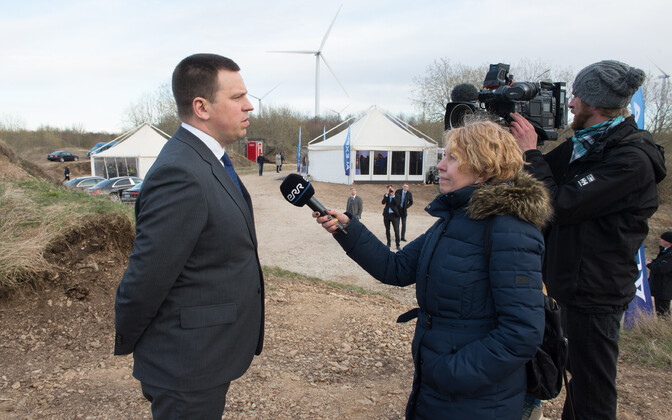 Prime Minister Jüri Ratas speaking at the Alexela terminal in Paldiski. May 8, 2017.