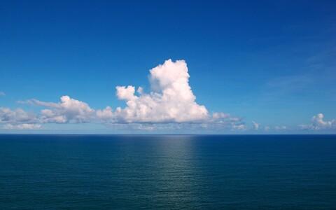 Pilved Atlandi ookeani kohal.