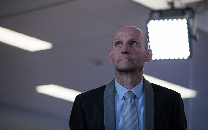 Председатель IRL Хелир-Валдор Сеэдер.