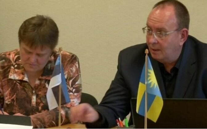 Калле Кекки (справа) грозит отставка.