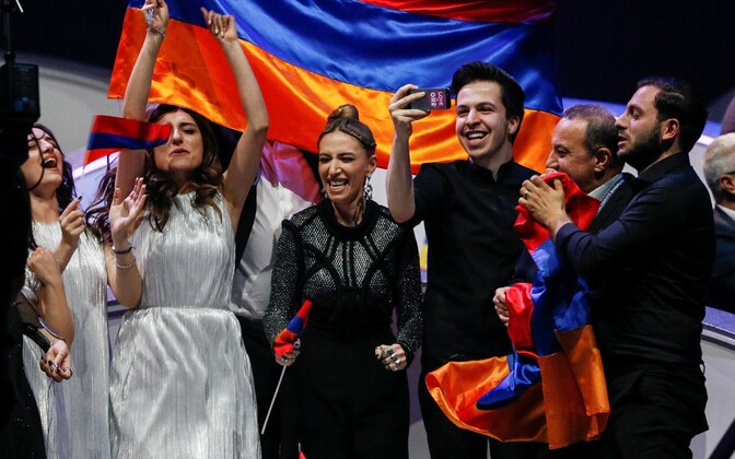 Eurovisiooni finalistide väljakuulutamine, Aserbaidžaani meeskond