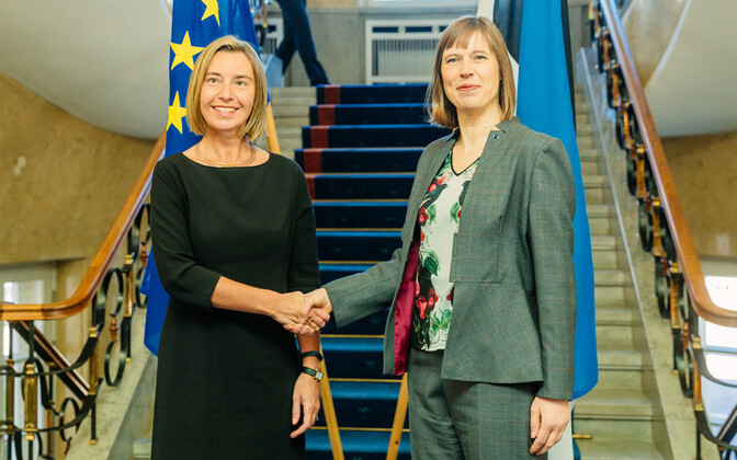 Federica Mogherini and Kersti Kaljulaid in Tallinn on Friday. May 12, 2017.
