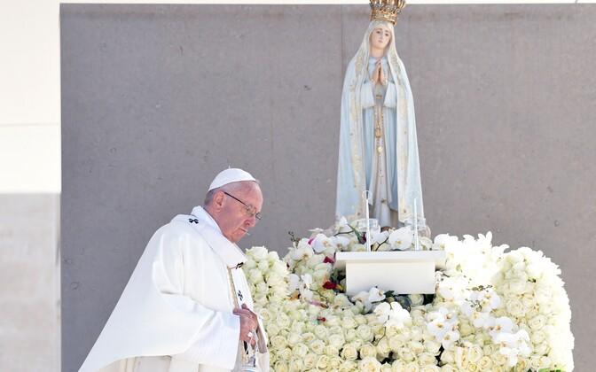 Paavst Franciscus kanoniseeris kaks last.