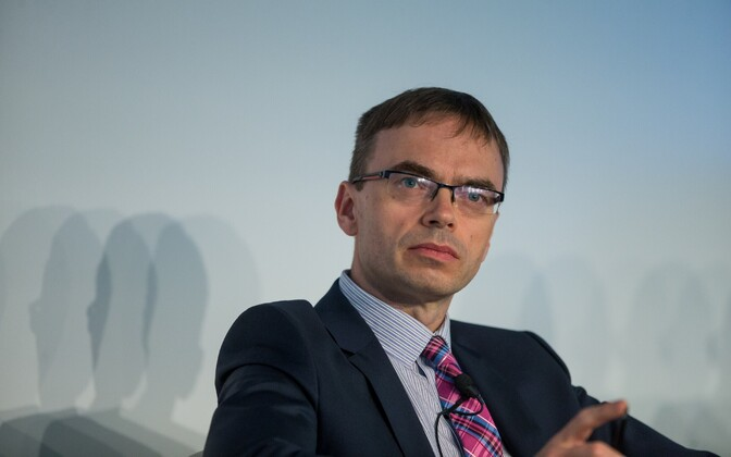 Министр иностранных дел Свен Миксер.