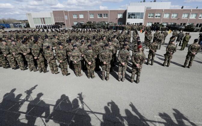Briti ja Prantsuse sõdurid Tapa baasis.
