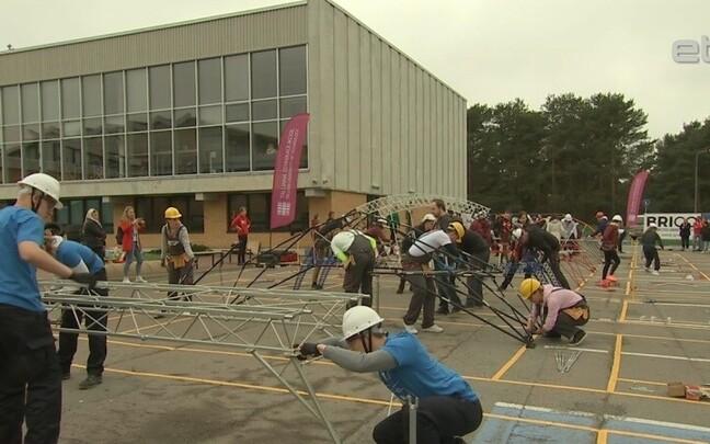 Соревнования по строительству мостов в ТТУ.