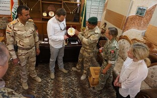 Ministry of Defence Margus Tsahkna visiting Iraq, where Estonian instructors are helping to train local Iraqi forces. May 23, 2017.
