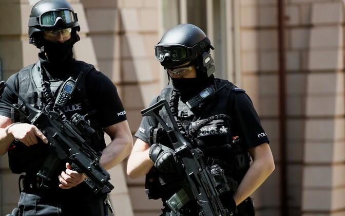 Politsei eriüksuslased Manchesteris.