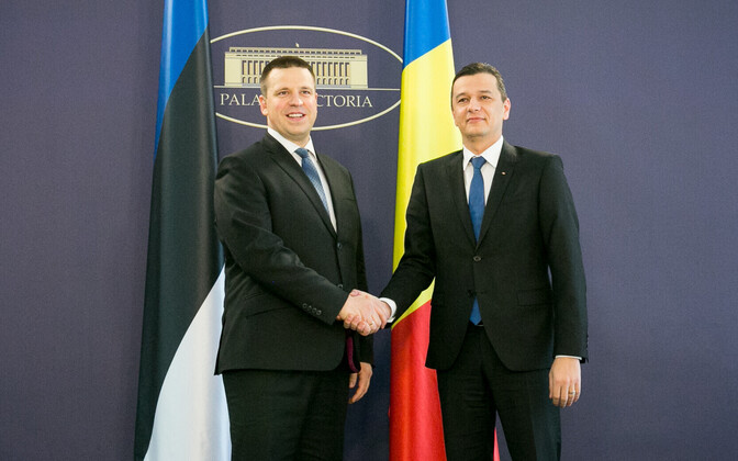 Prime Minister Jüri Ratas with Romanian Prime Minister Sorin Grindeanu in Bucharest on Wednesday. May 24, 2017.