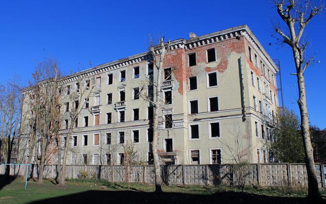 Заброшенное общежитие в Нарве.