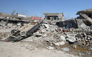 USA õhurünnakus purunenud hooned Mosulis.