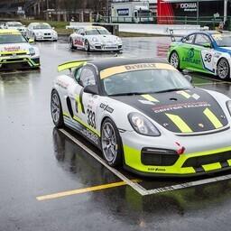 Est 1 Racingu Porsche