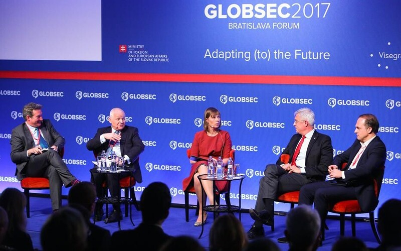 President Kersti Kaljulaid (center) speaking at the Globsec international security forum in Bratislava on Saturday. May 27, 2017.