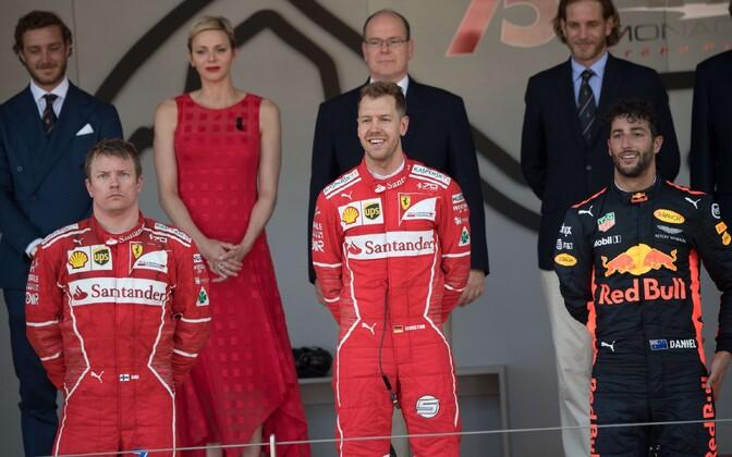 Kimi Räikkönen, Sebastian Vettel ja Daniel Ricciardo