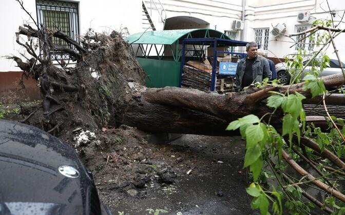 В столицеРФ скончался еще один пострадавший вовремя урагана