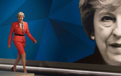 Briti peaminister Theresa May Sky Newsi valimissaates.