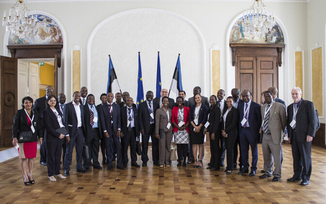 Representatives of ACP member states visiting the Riigikogu ahead of the Tallinn e-Governance Conference 2017. May 2017.