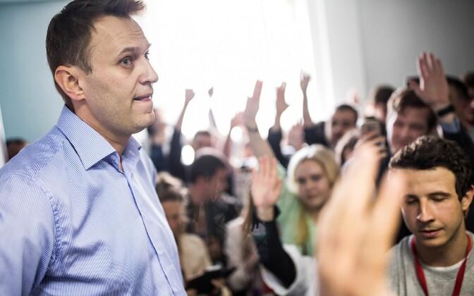 Navalnõi ja tema toetajad Tula linnas 27. mail.