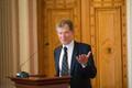 Eesti teadusagentuuri esimees Andres Koppel Eesti Noorte Teaduste Akadeemia avaüritusel.