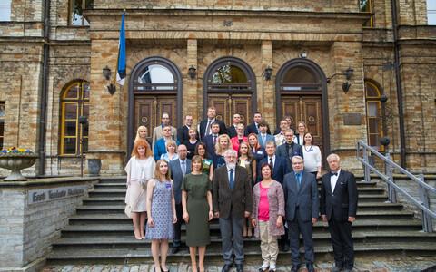Eesti Noorte Teaduste Akadeemia asutati 5. mail 2017. ENTA esindab ja ühendab kõigi teadusalade Eestis ja Eestist väljaspool töötavaid noorteadlasi ja järeldoktoreid.