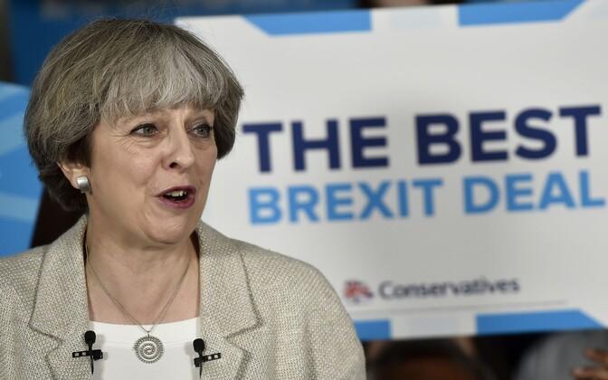 Peaminister Theresa May enne Londoni terrorirünnakut veel valimiskampaaniat tegemas.