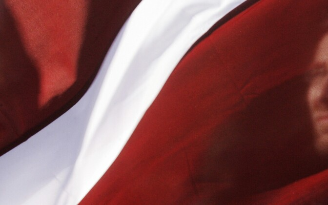 ВРиге проходит шествие взащиту русского языка