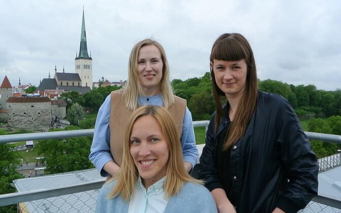 Performa biennaali Eesti paviljoni tiim (vasakult) Karin Laansoo, Kadri Laas ja Evelyn Raudsepp