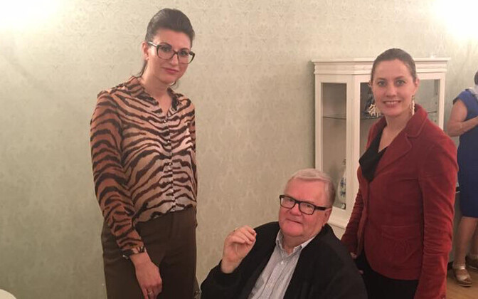 MP Olga Ivanova, Edgar Savisaar and MP Oudekki Loone at the Russian Embassy in Tallinn. June 12, 2017.
