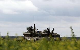 Ukraina tankid Mariupoli lähistel 16. mail.