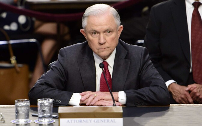USA justiitsminister Jeff Sessions senati luurekomitee kuulamisel 13. juunil.