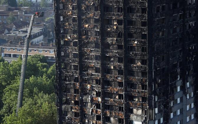Мэй: 120 высоток встолице Англии непрошли проверку набезопасность