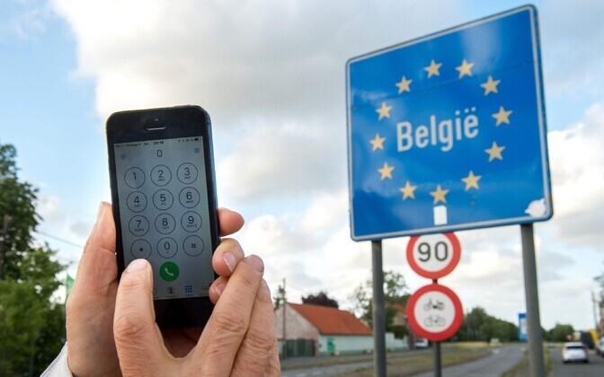 Mobiiltelefon Prantsuse-Belgia piiril.