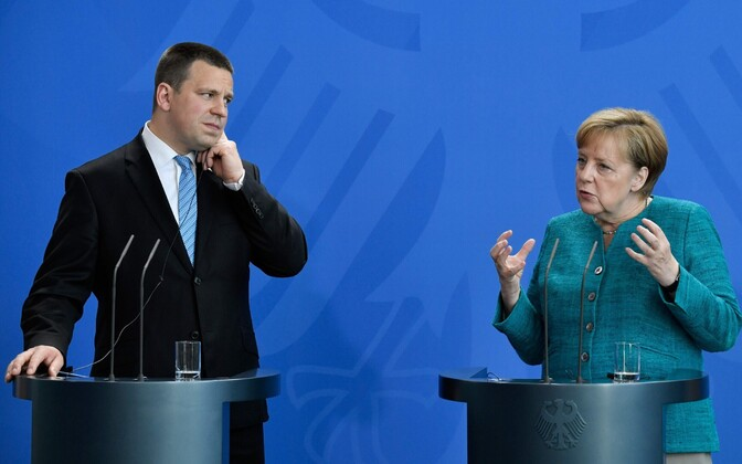 Prime Minister Jüri Ratas and German Chancellor Angela Merkel speaking at a press conference in Berlin on Thursday. June 15, 2017.