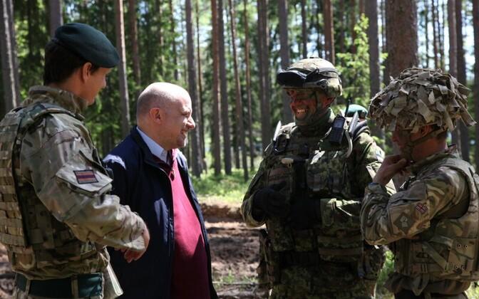 Министр обороны Юри Луйк встретился с военнослужащими.